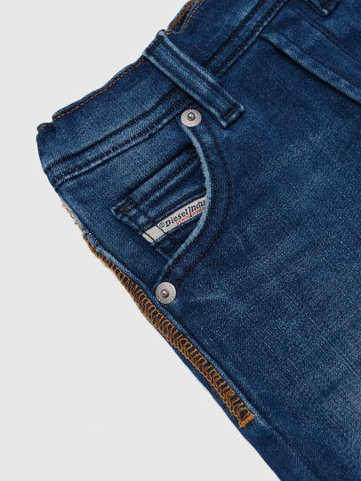 Diesel - KROOLEY-B JOGGJEANS-N, Mittelblau - Jeans - Image 3