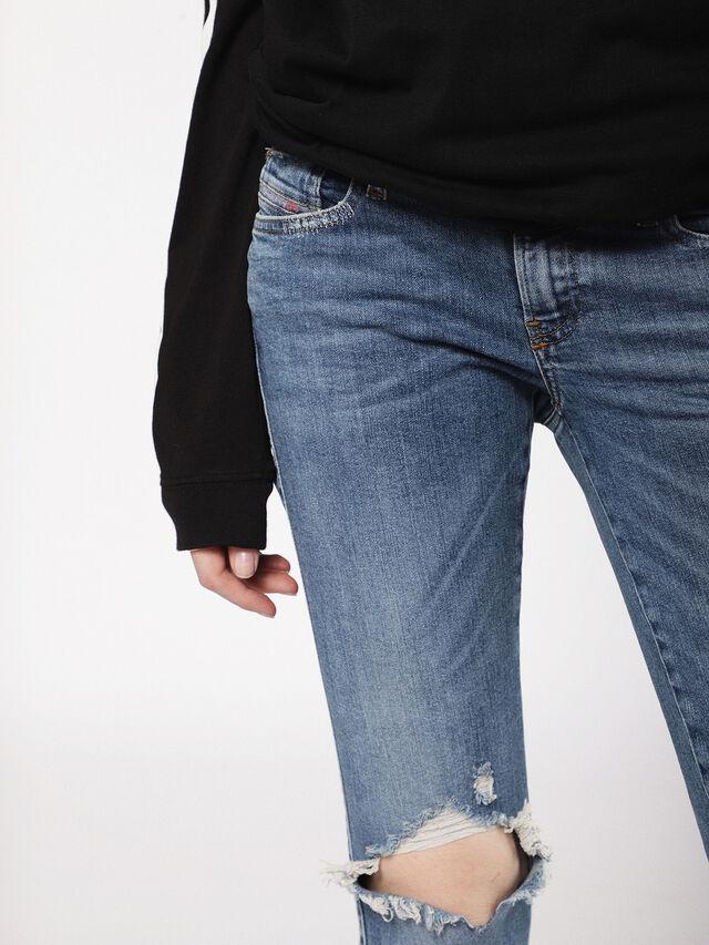 Diesel - Gracey 069AI, Mittelblau - Jeans - Image 6