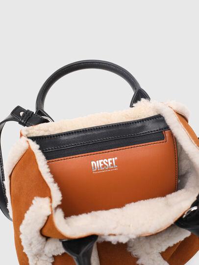Diesel - DHALIA XS, Braun - Satchel Bags und Handtaschen - Image 4