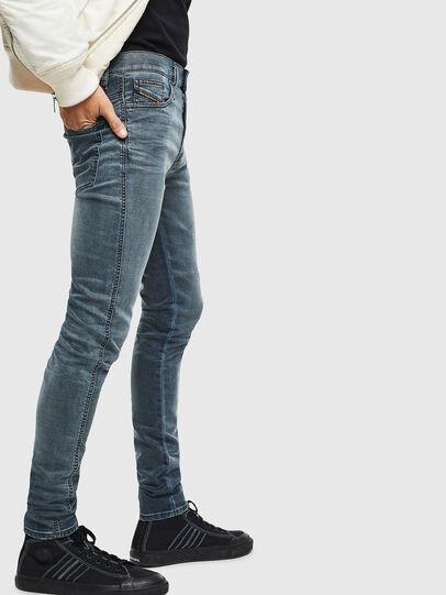 Diesel - D-Reeft JoggJeans 069LT, Dunkelblau - Jeans - Image 4