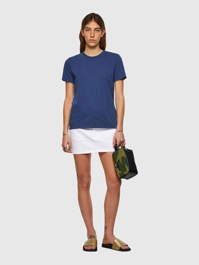 Diesel - T-SILY-B1, Blau - T-Shirts - Image 4