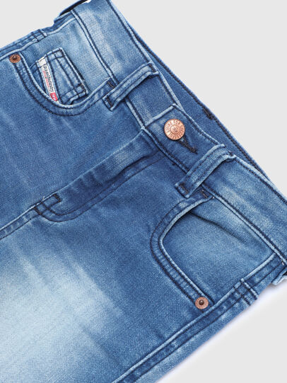 Diesel - D-SLANDY-HIGH-J JOGGJEANS, Hellblau - Jeans - Image 3