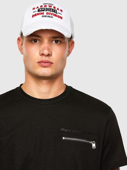 Diesel - T-ZITASK, Schwarz - T-Shirts - Image 3
