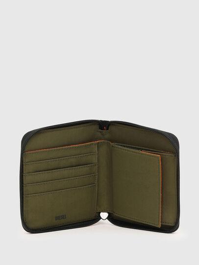 Diesel - PI-ZIP, Camouflagegrün - Portemonnaies Zip-Around - Image 3